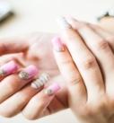 Comment faire des ongles en resine ?