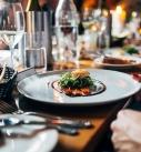 Quels sont les prix des tables pliantes de réception ?